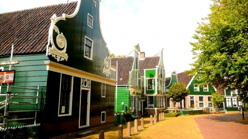 Oudhollands happen in Zaandam